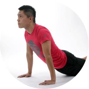 un homme trainnant les exercices de Kegel pour ameliorer l'erection
